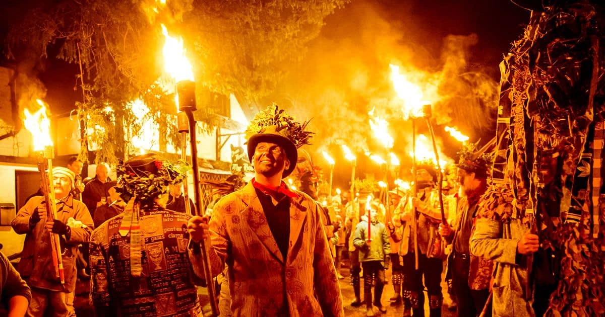 Wassailing traditions in the West Country - Wassailing Bristol